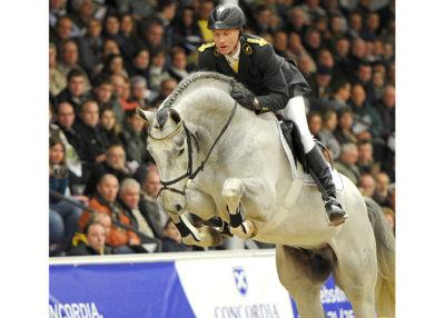 Grey-Top-01-11-12-191_Ver-Dinale2011_Kiki-Beelitz